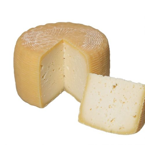 formaggio pecorino scamosciato tagliato